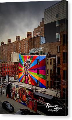 Kiss Me On The High Line Canvas Print by Russell Styles