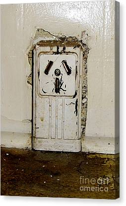 Kitchen Outlet Canvas Print by Susan Sorrell