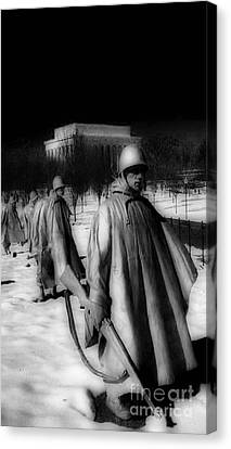 Whitehouse Canvas Print - Korean Memorial by Skip Willits