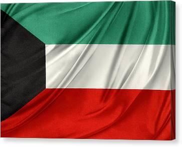 Kuwait Flag  Canvas Print by Les Cunliffe