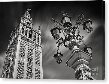 La Giralda Canvas Print by Rod McLean