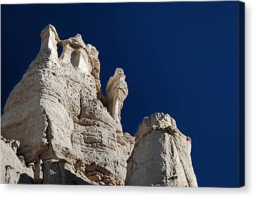 La Plaza Blanca - Figure Of Mary Canvas Print by Julie VanDore