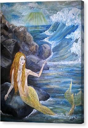 La Sarina Del Mar Canvas Print by Noor Moghrabi