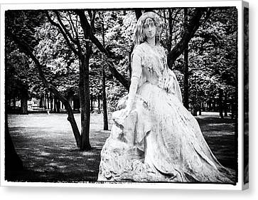 Lady In The Park Canvas Print by Georgia Fowler