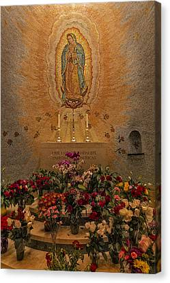 Lady Of Guadalupe Canvas Print by Susan Candelario