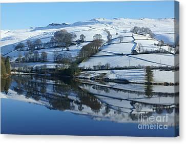 Ladybower Reflections Canvas Print by David Birchall