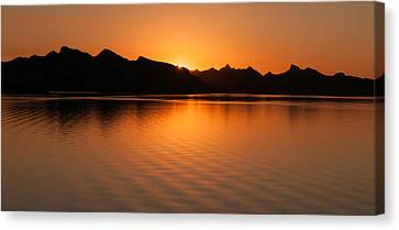 Canvas Print featuring the photograph Lake Havasu Sunrise by Avian Resources