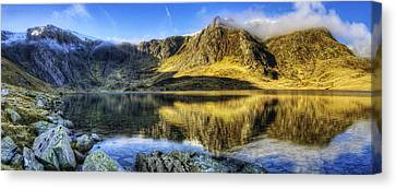 Lake Idwal Panorama Canvas Print by Ian Mitchell