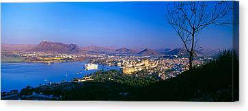 Lake Pichola, Udaipur, Rajasthan, India Canvas Print