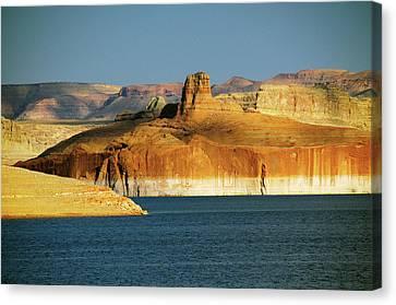 Lake Powell, Glen Canyon National Canvas Print by Michel Hersen