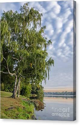 Lake Quannapowitt In Massachusetts  Canvas Print by Pat Lucas