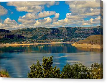 Lake Roosevelt Canvas Print by Robert Bales