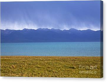 Kyrgyzstan Canvas Print - Lake Song Kul In Kyrgyzstan by Robert Preston
