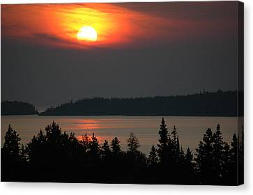 Lake Superior Sunset Canvas Print by Rob Huntley