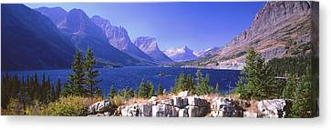 Lake With Mountain Range Canvas Print