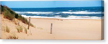Lakes Entrance Ninety Mile Beach Canvas Print by Glen Johnson