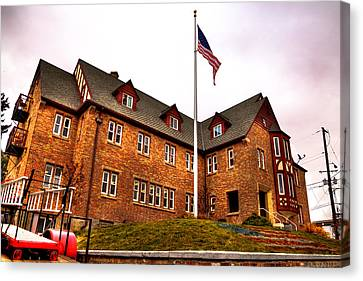 Lambda Chi Alpha Fraternity On The Wsu Campus Canvas Print by David Patterson