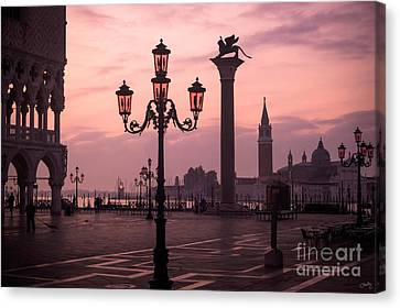 Lamppost Of Venice Canvas Print by Prints of Italy