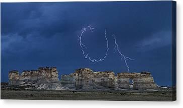 Lariat Lightning At Monument Rocks Canvas Print