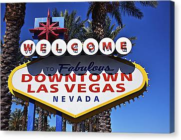 Las Vegas Nevada Welcome Sign Canvas Print by Garry Gay