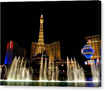Las Vegas - Paris Hotel And Casino 001 Canvas Print by Lance Vaughn
