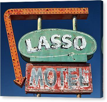 Lasso Motel Sign On Route 66 Canvas Print