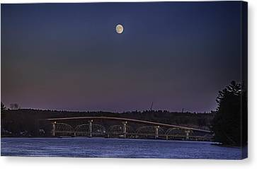 Canvas Print featuring the photograph Last Moon Rise by David Hufstader