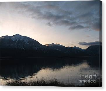 Last Rays Canvas Print by Leone Lund