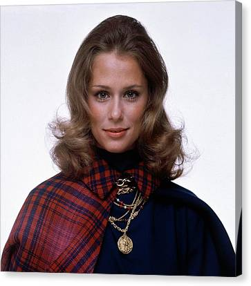 Gold Necklace Canvas Print - Laura Hutton Wearing Van Cleef & Arpel Necklaces by Gianni Penati
