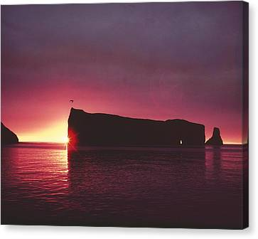 Le Perce Roche Canvas Print