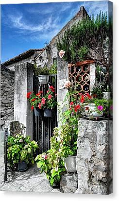 Les Baux De Provence Canvas Print by Mel Steinhauer
