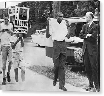 Lester Maddox Picketed Canvas Print by Underwood Archives