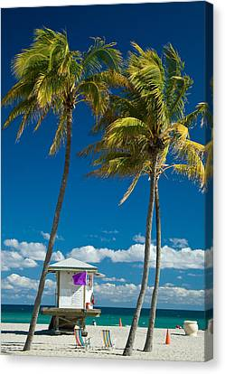 Lifeguard Cabin On Miami Beach Canvas Print by Celso Diniz