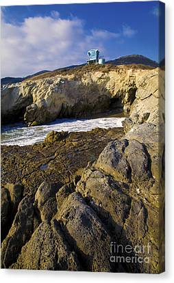 Lifeguard Tower On The Edge Of A Cliff Canvas Print