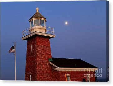 Canvas Print featuring the photograph Lighthouse 7 by Theresa Ramos-DuVon