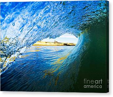Canvas Print featuring the photograph Lighthouse Wave 2 by Paul Topp