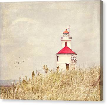Lighthouse With Red Roof Canvas Print