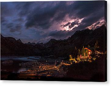 Lightning At Lake Sabrina Canvas Print