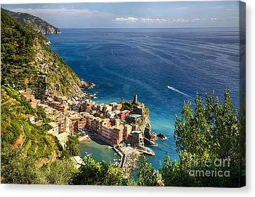 Ligurian Coast View At Vernazza Canvas Print by George Oze