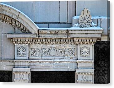 Lincoln County Courthouse Door Arch Canvas Print