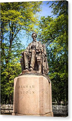 Lincoln Head Of State Statue In Chicago Canvas Print by Paul Velgos