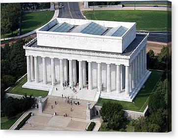 Lincoln Memorial Canvas Print by Carol Highsmith