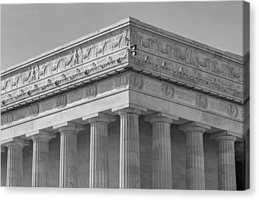 Lincoln Memorial Columns Bw Canvas Print by Susan Candelario