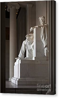 Lincoln Memorial Canvas Print by Jim West