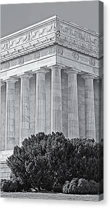 Lincoln Memorial Pillars Bw Canvas Print by Susan Candelario