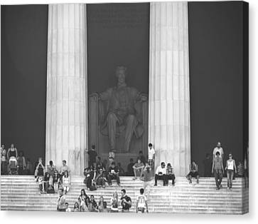 Lincoln Memorial - Washington Dc Canvas Print by Mike McGlothlen