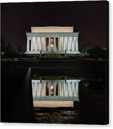 Lincoln Reflection Canvas Print by Metro DC Photography