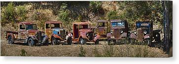 Line Em Up Hdr Canvas Print by Scott Campbell
