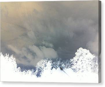 Canvas Print featuring the photograph Lines In The Sky by Max Mullins