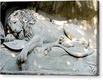Lion Monument In Lucerne Switzerland Canvas Print